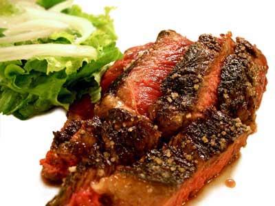 Bifteck sur le gril