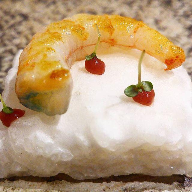 Nigiri fermentado, quisquilla y umeboshi