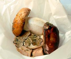 Papillot de ceps con foie gras y trufa