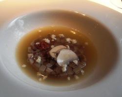 Sopa de jamón con ceps