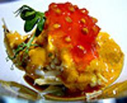 Centollo con caviar de tomate