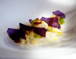 Kokotxas de Bacalao, Borraja y Patata Violeta