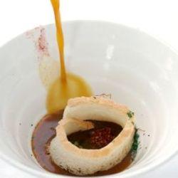 Sopa de ajo de las pedroñeras caliente